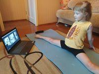 Щедрик: хореография онлайн в «Светлячке»